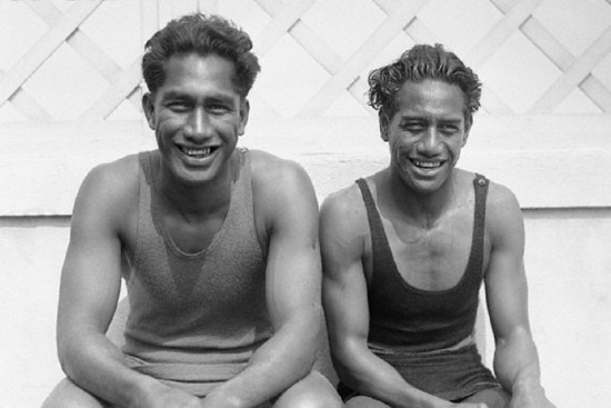 Duke Kahanamoku with his brother Sam Kahanamoku