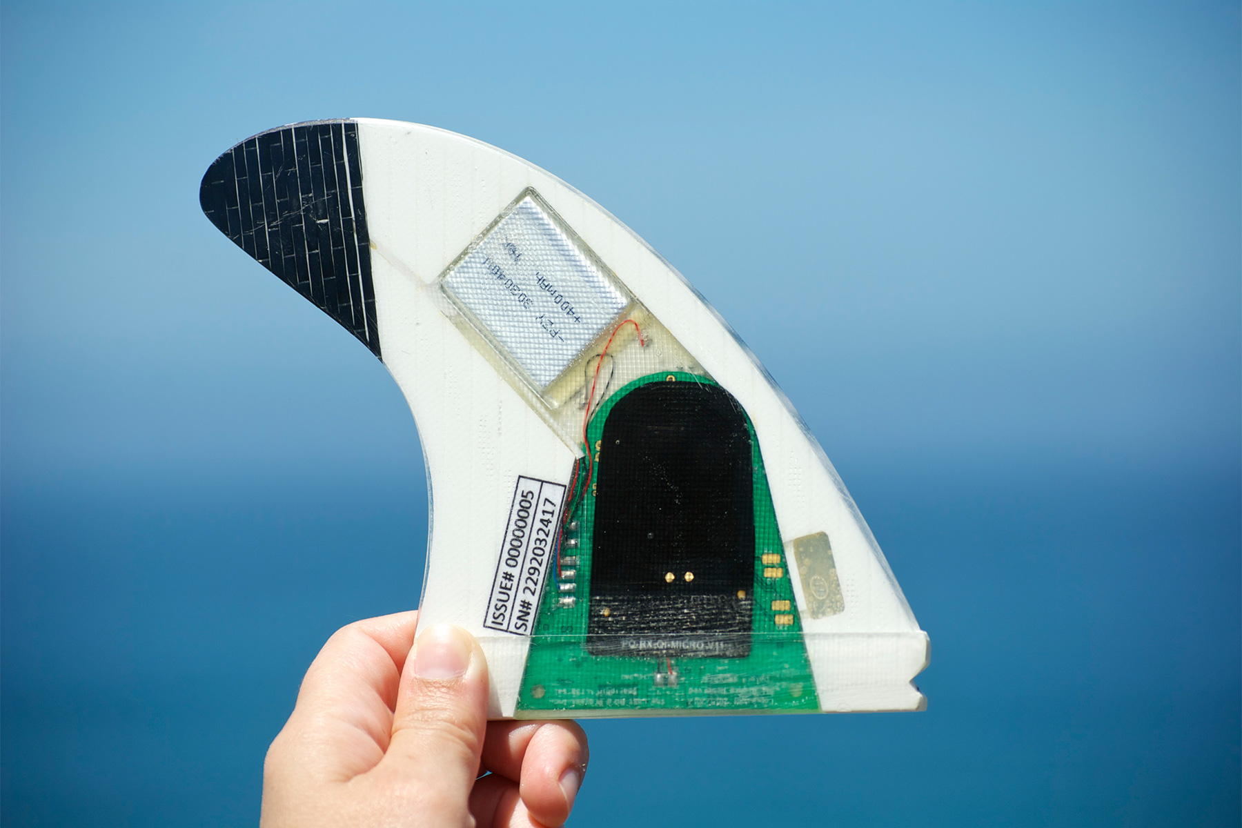 smartfin showing the circuitboard and sensors that allow it to collect oceanographic data